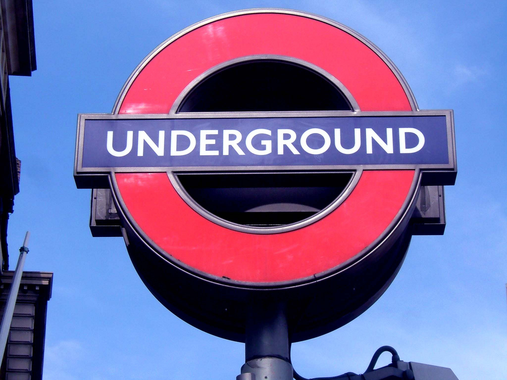 Contactless Payment for The Tube Explained Simply - London Expats ...